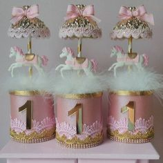 such an amazing carousel inspired Circus 1st Birthdays, Carousel Birthday Parties, 1st Birthday Themes, Baby Girl First Birthday, Circus Birthday, Unicorn Birthday Parties, Birthday Party Decorations, First Birthdays, Carousel Cake