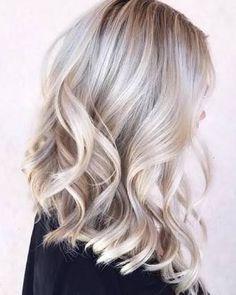 Cool blonde foils