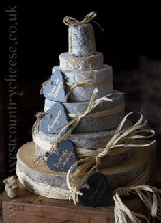 Six tips to create the perfect cheese wedding cake | www.weddingsite.co.uk