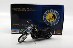 Franklin Mint 1/10 Harley Davidson 2006 Softail Night Train Motorcycle by Franklin Mint, http://www.amazon.com/dp/B004VT3GMU/ref=cm_sw_r_pi_dp_L.xXqb0HEQ9AT
