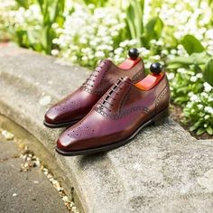 A good burgundy oxford goes a long way. The Wallingford in