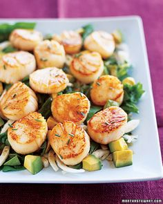 Seared scallops salad.