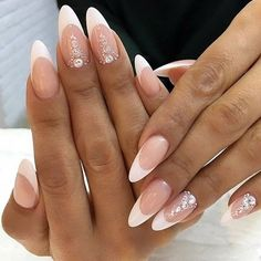 Bridal Nails French Oval 40 Ideas For 2019 French Acrylic Nails, French Tip Nails, Nail French, Rose Gold Nails, Pink Nails, Black Nails, Bridal Nails French, Nailed It, Nagellack Trends