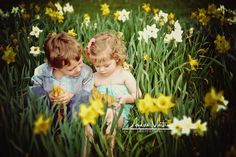 kids photo idea for Easter next year