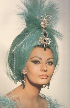 Sophia Loren. In aqua turban