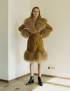 Olympia Campbell photographed by Theo Sion for T Magazine. Cute Skirt Outfits, Outfits With Hats, Cute Skirts, Fur Fashion, Kids Fashion, Winter Fashion, Fashion Design, Folk Rock, T Magazine