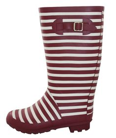 Cute Rain Boots wide calf for women doesn't have to be hard to find. Look at what I found!