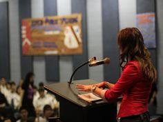 60% reducere pentru cursul de Public Speaking sustinut de Terra Sud Consulting! Cu voucherul Dream Deals platesti doar 199 Lei in loc de 500...