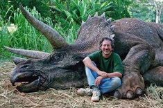 """A Whole Bunch Of People On Facebook Thought Steven Spielberg Killed A Real Dinosaur (or """"faith in humanity lost"""")"""