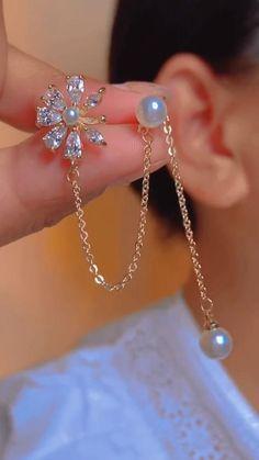 Ear Cuff Jewelry, Ankle Jewelry, Jewelry Design Earrings, Gold Earrings Designs, Beaded Jewelry, Fancy Jewellery, Gold Jewellery Design, Stylish Jewelry, Cute Jewelry