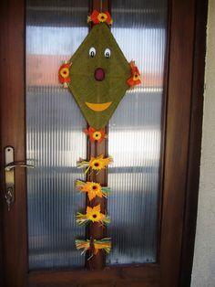 LUŽEŇÁCI: Naše podzimní dekorace na vchodové dveře