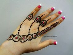 125 Stunning Yet Simple Mehndi Designs For Beginners Henna Flower Designs, Mehndi Designs Finger, Henna Tattoo Designs Simple, Latest Bridal Mehndi Designs, Mehndi Designs For Beginners, Mehndi Designs For Girls, Mehndi Design Images, Mehndi Designs For Fingers, Beautiful Mehndi Design