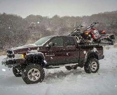 Ready to ride! #snowmobiling http://www.reflexsnowmobiling.com/snowmobiling-blog