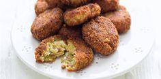 Kapustové karbanátky Baked Potato, Cooking Tips, Almond, Potatoes, Baking, Ethnic Recipes, Food, Yum Yum, Potato