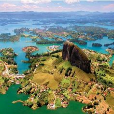 Workaway in Colombia. New ecological and family project in GUATAPE, Colombia Colombia South America, South America Travel, North America, Oh The Places You'll Go, Places To Travel, Places To Visit, Colombia Travel, Machu Picchu, The Journey