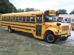 2005 Freightliner Thomas Built 35 Passenger School Bus in Mississippi No Reserve Used School Bus, School Buses, Busses, Mississippi, Vehicles, Building, Totally Awesome, Yellow, Dragon Ball