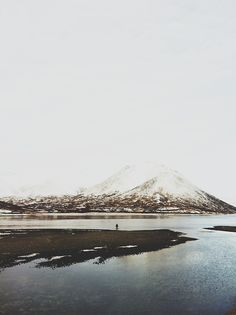samanthamackphotography: Digging.  Aleutian Islands, Alaska, Winter 2012