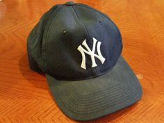 17cf72e468f MLB New York Yankees Adjustable Baseball Cap