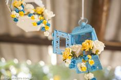 Casamento rústico. Casamento no campo. Decoração DIY. Decoração azul e amarela. Lanterna Marroquina. Rustic wedding.