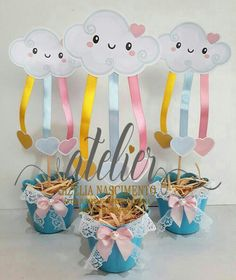 Centro de mesa chuva de amor Cloud Party, Rain Baby Showers, Baby Boy Shower, Diy And Crafts, Crafts For Kids, Ideas Para Fiestas, Unicorn Party, Baby Shawer, Birthday Party Themes