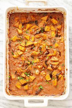Tofu Recipes, Indian Food Recipes, Vegetarian Recipes, Ethnic Recipes, Tofu Dishes, Curry Dishes, Madras Curry, Baked Tofu, Vegetable Puree