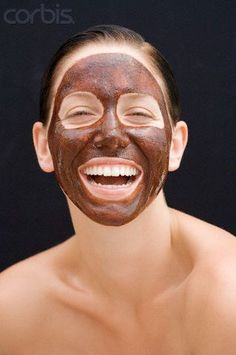 We all chocolate : Cocoa powder (half cup) Honey (half cup) Oatmeal tbsp) Cream tbsp) for dry skin OR Curd for oily skin Chocolate Facial, Chocolate Face Mask, Homemade Chocolate, Face Scrub Homemade, Homemade Face Masks, Easy Face Masks, Diy Face Mask, Honey Face Mask, Face Care Tips