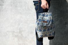 Animal Pattern design (Thai Handmade Backpack,Small Size)  #PRizoBAG  CONTACT US Facebook : https://www.facebook.com/PRizo-BAG-106760576415861/ Instagram : PRizo.Bag E-Mail : PRizoBag@gmail.com Other : PRizoBags.jimdo.com