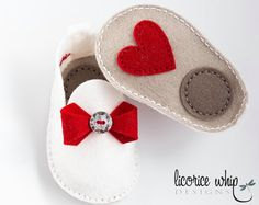 Baby booties - baby shoes - hand made - wool felt - red bow - matching gift box