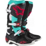 The NEW Ltd Edition Eli Tomac Tech 10 Boots are available for purchase… Motocross Outfits, Motocross Kit, Enduro Motocross, Motocross Helmets, Dirt Bike Boots, Dirt Bike Gear, Bike Shoes, Motorcycle Gear, Dirt Biking