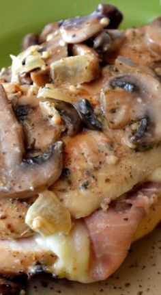 Stuffed Chicken & Creamy Mushroom Sauce Recipe ~ for when company's coming Great Recipes, Dinner Recipes, Favorite Recipes, Sauce Recipes, Cooking Recipes, My Burger, Mushroom Sauce, Turkey Recipes, Love Food