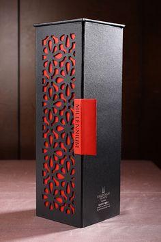 1 Perfume Packaging, Wine Packaging, Food Packaging Design, Luxury Packaging, Packaging Design Inspiration, Brand Packaging, Wine Design, Bottle Design, Box Design