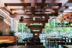 Cheering Restaurant: H&P Architects - Restaurant & Bar Design