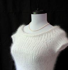 Ravelry: Airy Angora Raglan Top Down Sweater pattern by Twice (free)