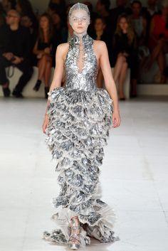 Alexander McQueen Spring 2012 Ready-to-Wear Fashion Show - Frida Gustavsson (IMG)
