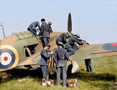 Ww2 Aircraft, Military Aircraft, Military Life, Military History, The Spitfires, Hawker Hurricane, Airplane Fighter, Ww2 Planes, Battle Of Britain