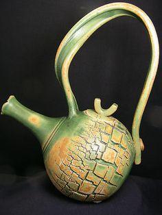 Chin Wen-Teapot