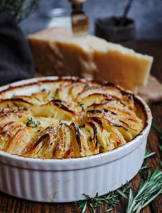 Hasselback gratin - Beaufood Apple Pie, Dishes, Meat, Desserts, Recipes, Food, Winter, Gratin, Tailgate Desserts