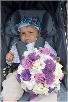 Brautstrauss weiss lila flieder