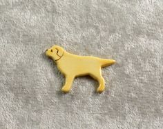 Handpainted+yellow+lab+dog+ceramic+pin+by+DebraRutherford+on+Etsy,+$7.00