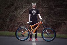 Good to see Lewis Buchanan on the World Cup circuit in 2015 on Banshee Bikes.