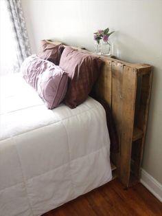 headboard with pallet DIY