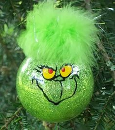 Grinch DIY Christmas Ornament   Spectacularly Easy DIY Ornaments for Your Christmas Tree