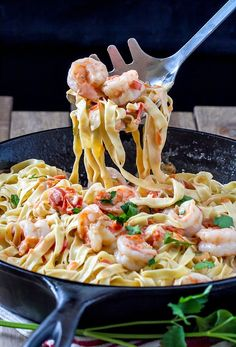 Fettuccine With Shrimp Sauce | World Recipes Collection