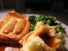 Toad in the Hole (Classic) Mash and peas?