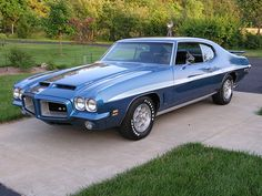 72 GTO, RamAir 455 HO 4bbl V8/M22 HD 4speed/Safe-T-Track Axle and Honey Comb Wheels