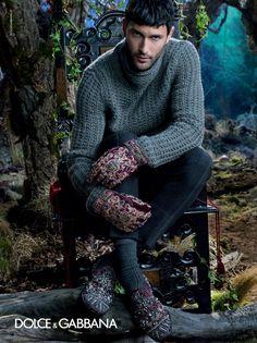 Dolce  Gabbana Men Fall/Winter 2014 Advertising Campaign image dolce and gabbana winter 2015 men advertising campaign 071 800x1068
