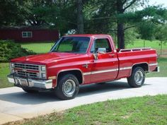 Google Image Result for http://lastheplace.com/images/article-images/2010/09/106023.1985.Chevrolet.Silverado.jpg