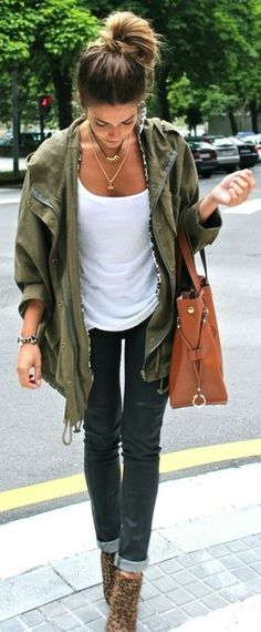army green + leopard #streetstyle #outfit