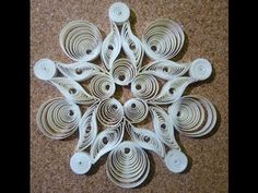 Quilled Christmas decoration n°3