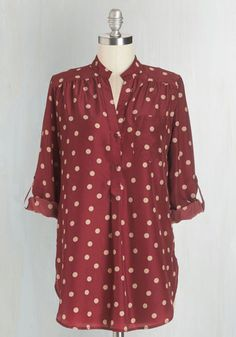 Hosting for the Weekend Tunic in Merlot From the Plus Size Fashion Community at www.VintageandCurvy.com